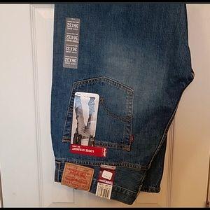 Levi jeans 596 straight leg